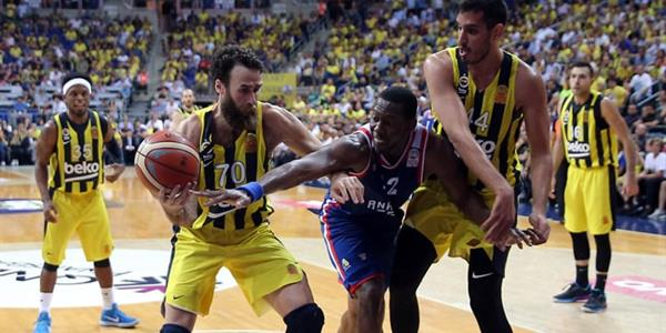 Fenerbahçe Beko yarın sahasında Anadolu Efes ile karşı karşıya gelecek