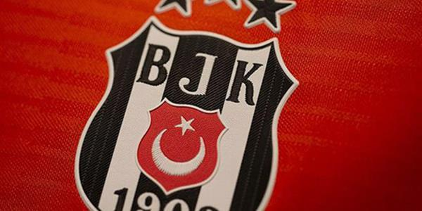 Beşiktaş'ta yapılandırma sözleşmesi imzalandı, 2 transfer açıklanıyor